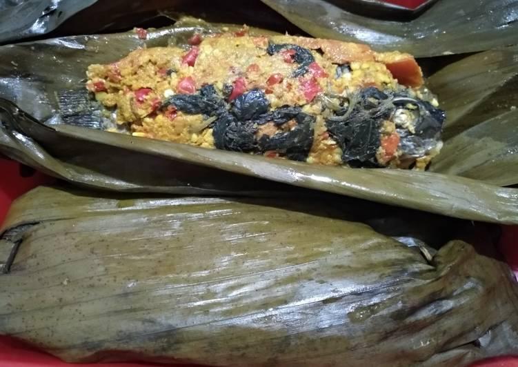 Cara membuat Pepes ikan mujair ala ibu enak