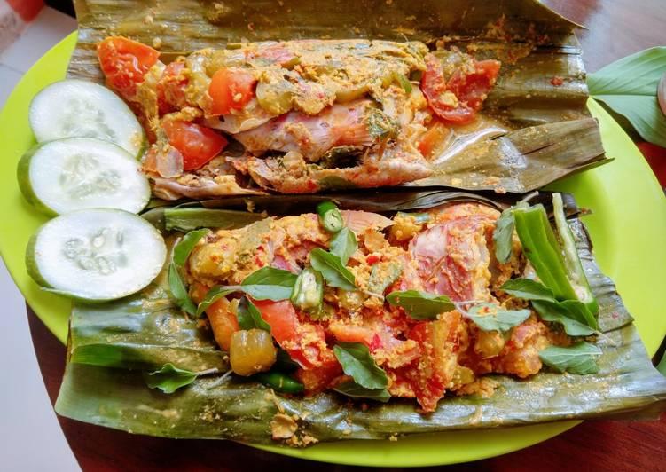Resep membuat Pepes ikan kakap yang bikin ketagihan