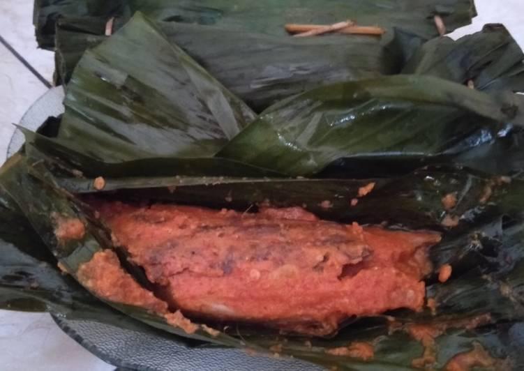 Resep memasak Pepes Ikan Tongkol Pedas yang menggugah selera