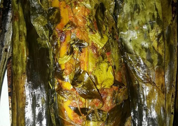 Resep mengolah Pepes ikan kembung ala resto