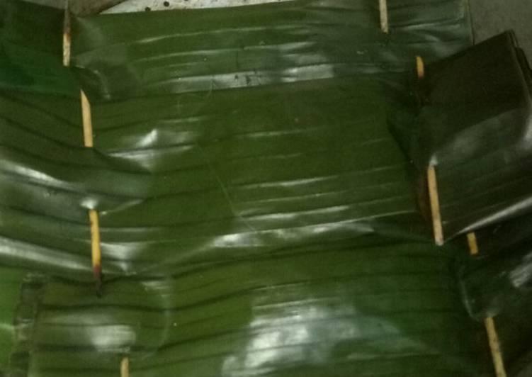 19. Pepes ikan kembung daun kemangi