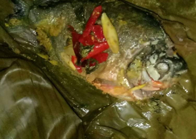 Cara Mudah mengolah 09 Pepes ikan bawal suka suka