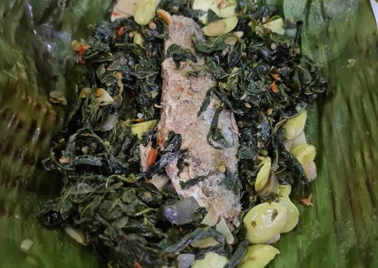 Cara Mudah memasak Pepes daun ubi peda yang menggugah selera