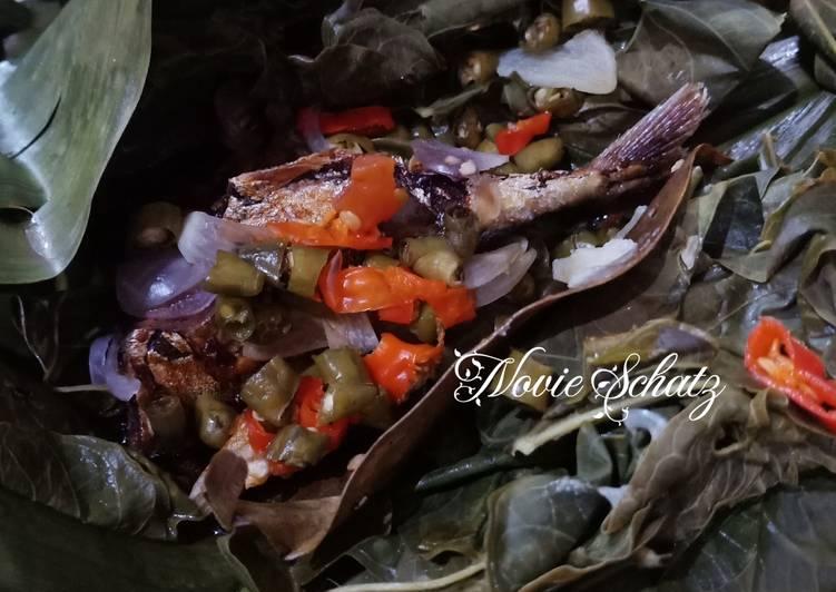 Resep: Pepes ikan asin peda istimewa