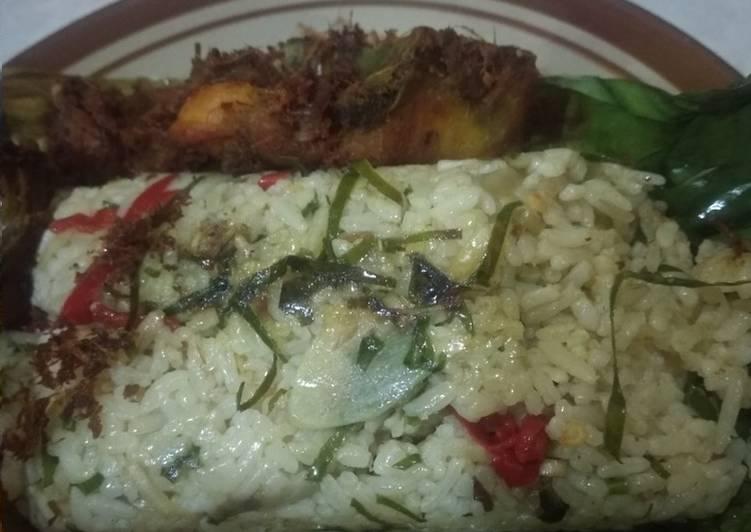 Resep membuat Nasi Bakar ikan peda
