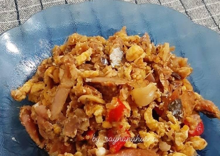 Cara Mudah memasak Orak arik peda (ikan gembung asin) ala resto