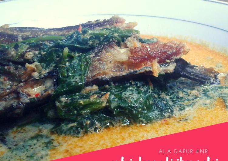 Resep mengolah Gulai daun ubi ikan salai yang bikin ketagihan