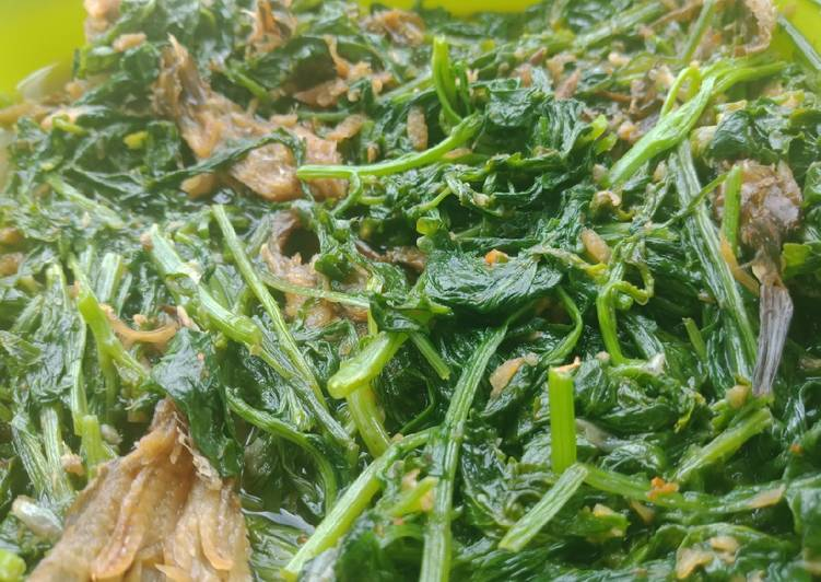 Resep: Tumis sawi kampung mix ikan salai
