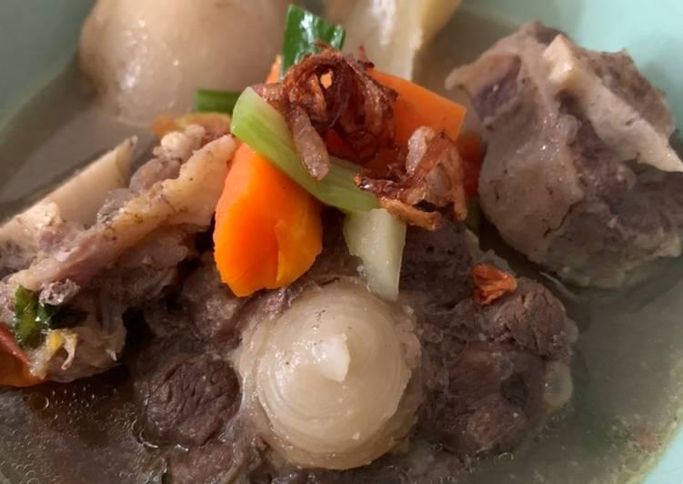Resep: Sop buntut dan sumsum sapi lezat