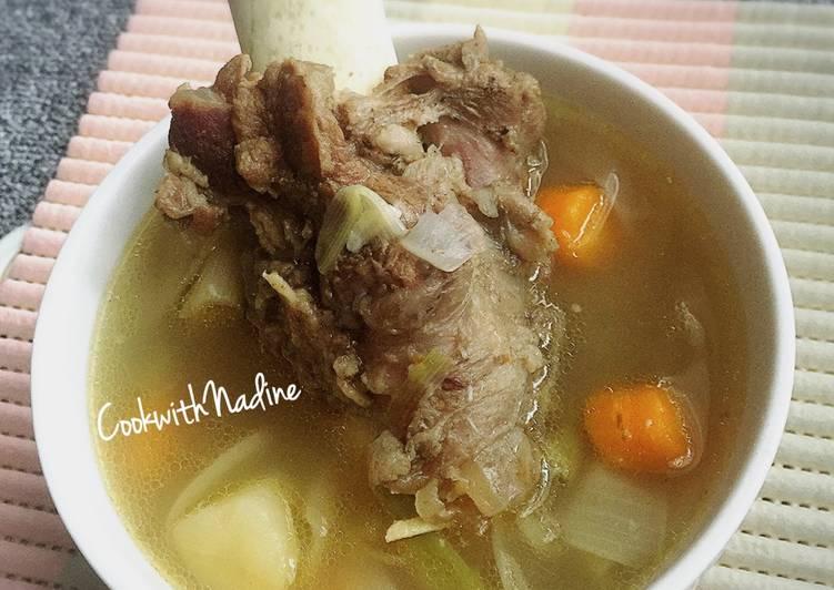 Resep: Sup sumsum kaldu sapi yang menggoyang lidah