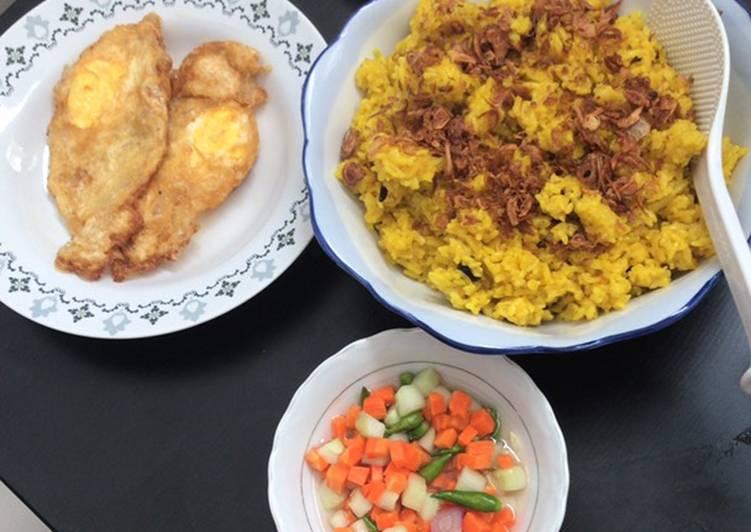 Cara membuat Nasi minyak / samin bumbu Kuning Palembang yang bikin ketagihan