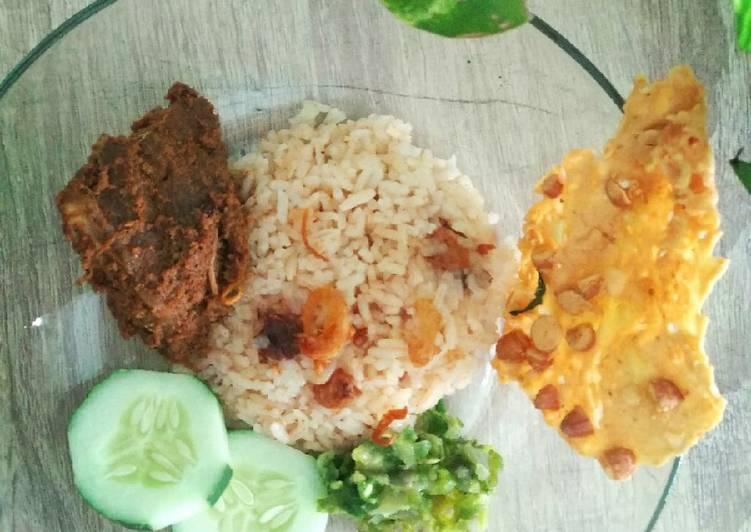 Resep: Nasi Merah/ Nasi Habang (khas kalimantan) istimewa