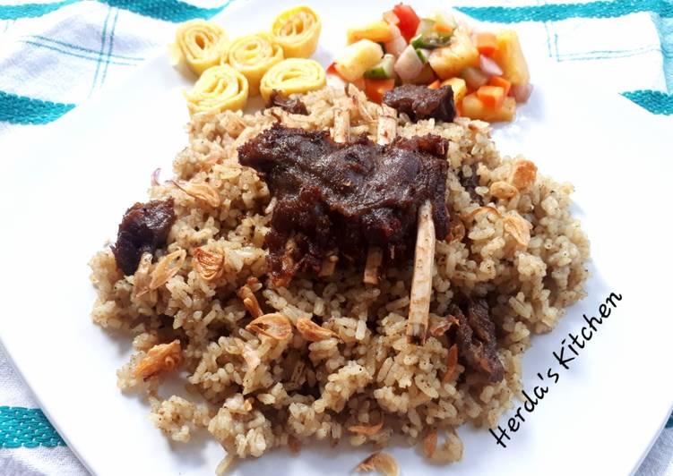 Cara Mudah memasak Nasi Kebuli Kambing ala Teteh Tyas lezat