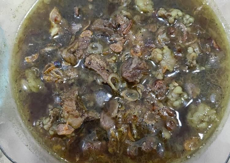 Resep: Rawon Daging Sapi yang menggugah selera