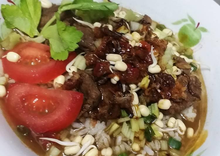 Resep memasak Rawon daging sapi istimewa