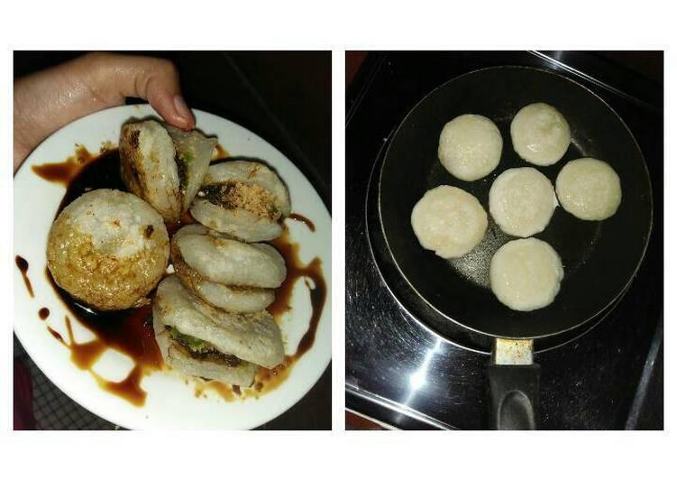 Cara memasak Pempek panggang teflon simpel sedap
