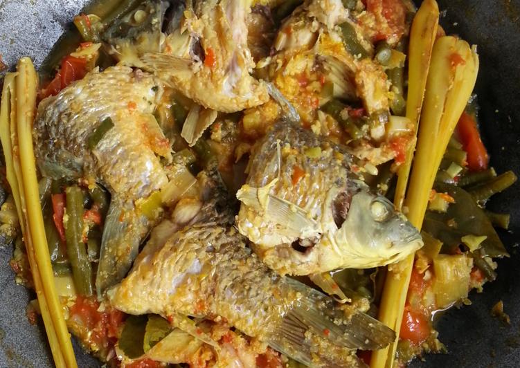 Resep membuat Arsik ikan mas (masakan Sumatera utara) ala resto