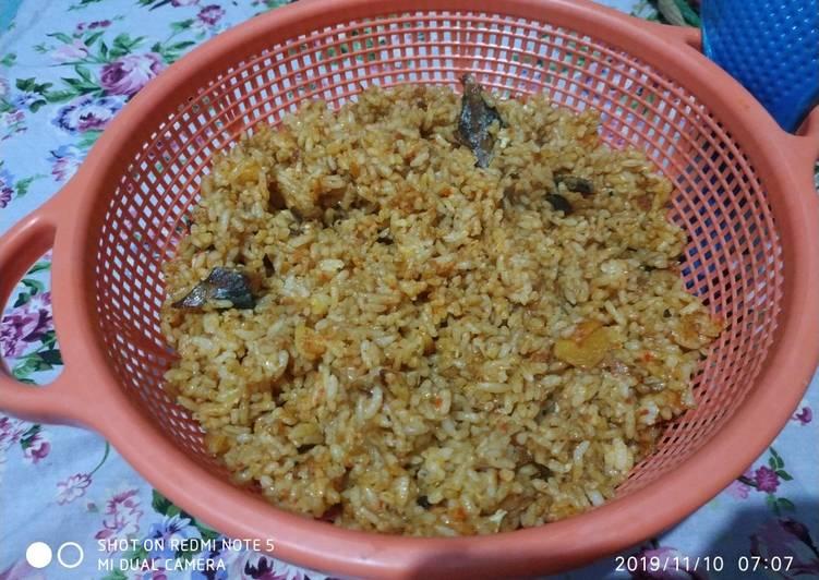 Cara mengolah Nasi goreng ikan suwir lezat