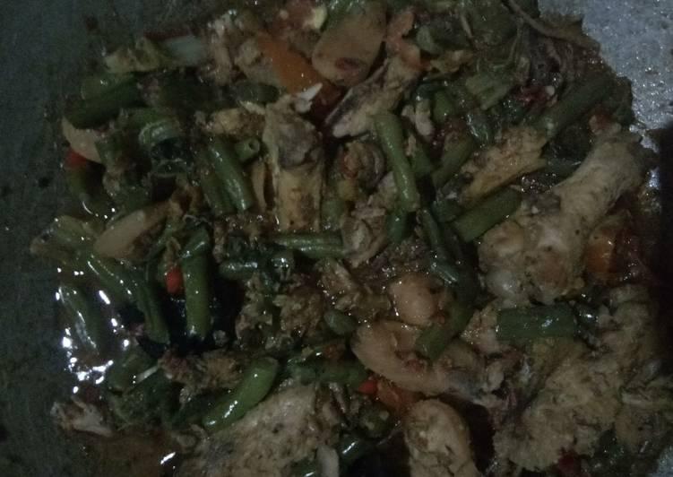 Resep: Sayur buncis ayam pindang kuah pedas ala resto