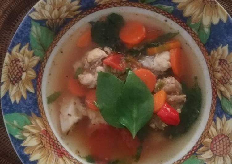 Sup Pindang Tulang Ayam