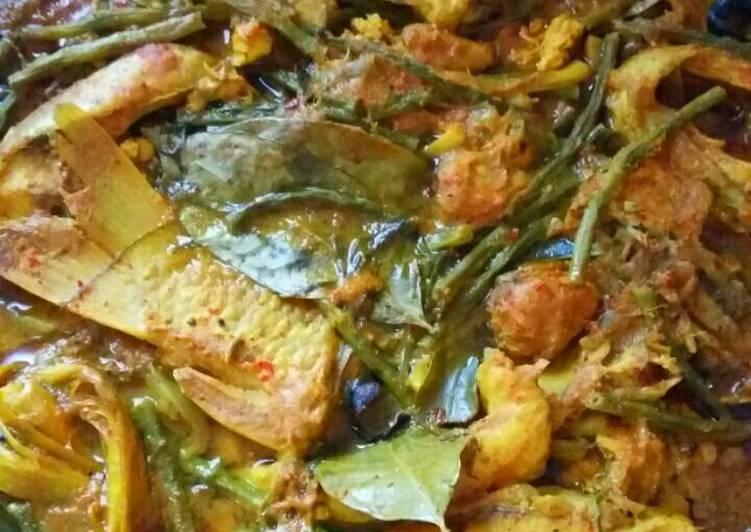 Cara memasak Arsik ikan mas ala resto