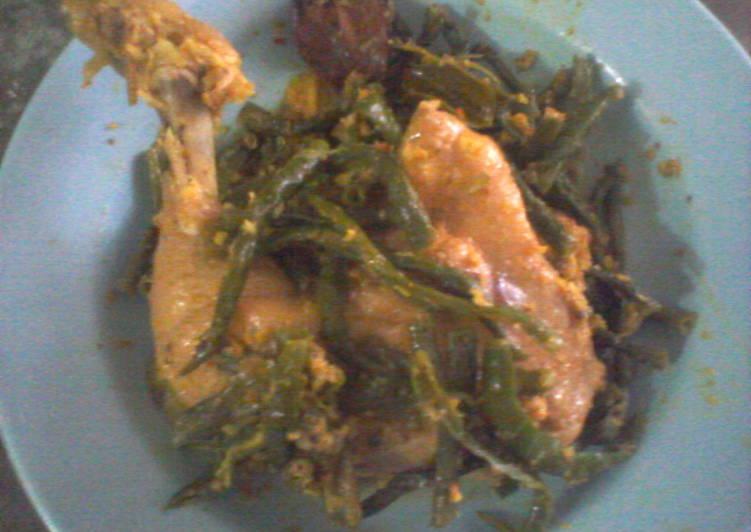 Arsik Ayam Pedas