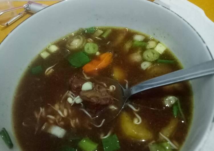 Resep: Rawon daging sapi (kluwek) lezat