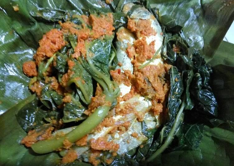 Resep memasak Pepes ikan daun ubi pepaya sedap