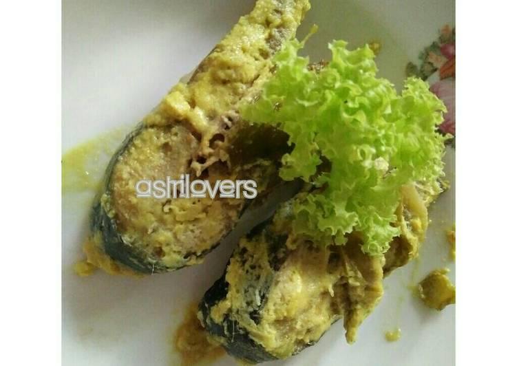 Cara Mudah mengolah Ikan pepes patin happy call daun pisang enak