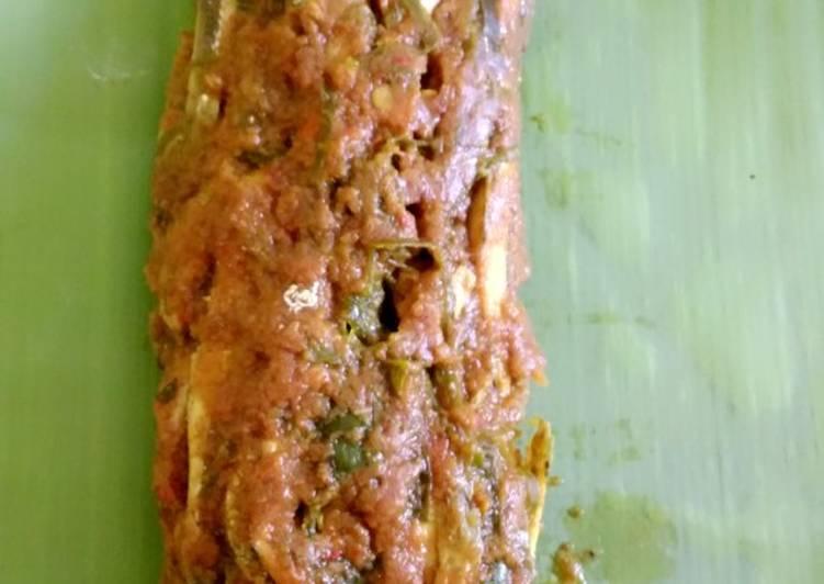 Resep membuat Pepes ikan teri basah