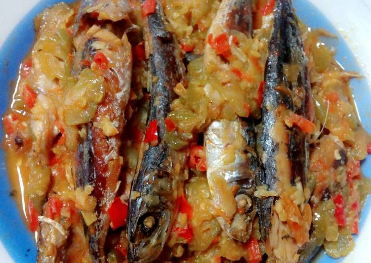 Resep: Brengkes/pepes ikan pindang sedap