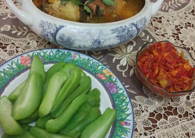 Resep: Sambal mangga kweni muda dan rebus mini labu siam ala resto