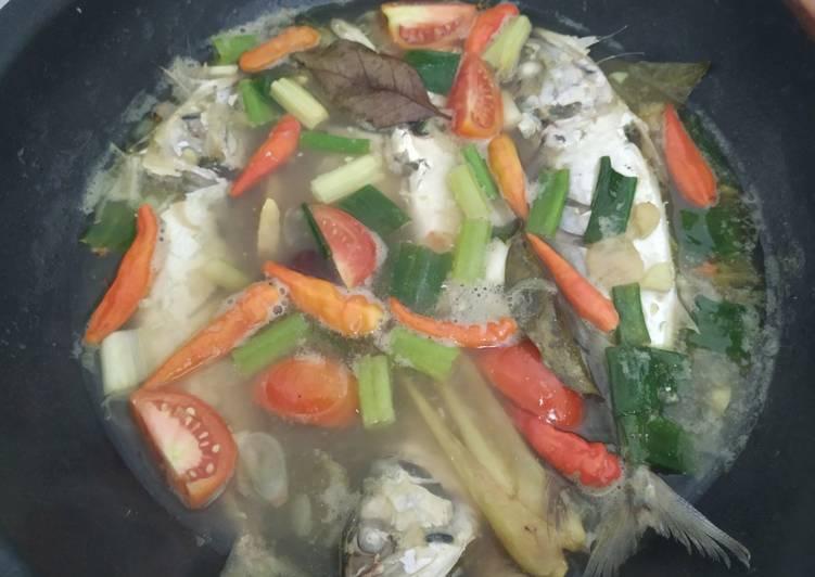 Resep memasak Pindang Ikan Kembung yang menggugah selera