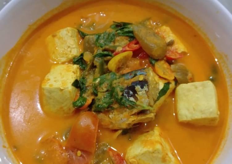 Resep: Ikan kembung/tongkol bumbu kuning lezat