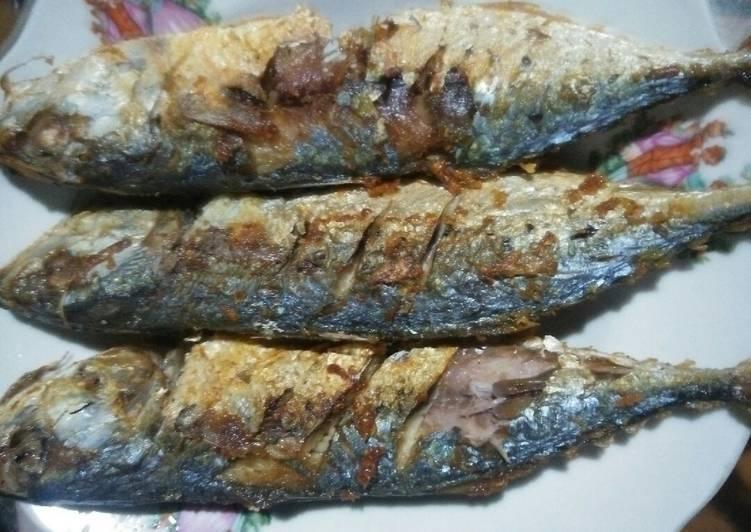 Cara Mudah memasak Ikan kembung goreng enak