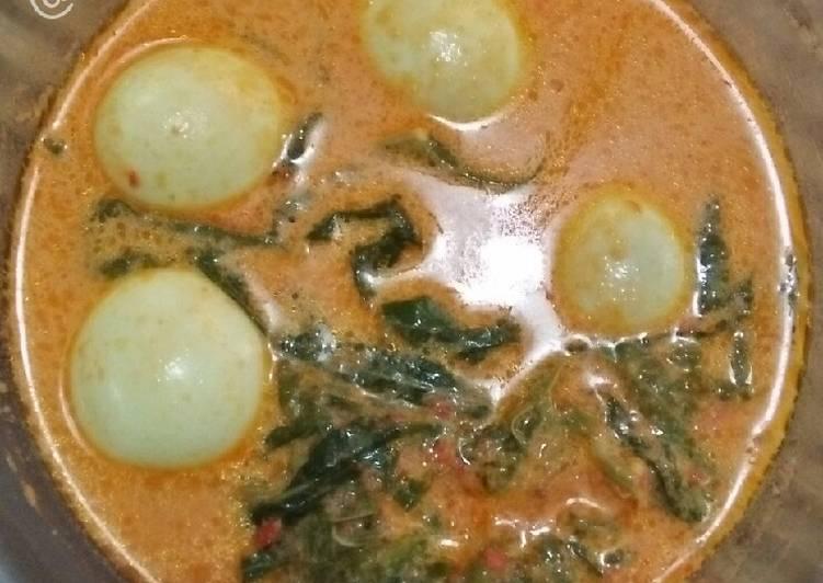 Gulai Telur Daun Pucuk Ubi/Singkong
