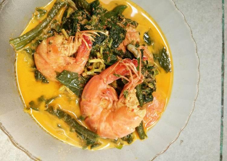 Cara memasak Gulai Daun hijau campur udang enak