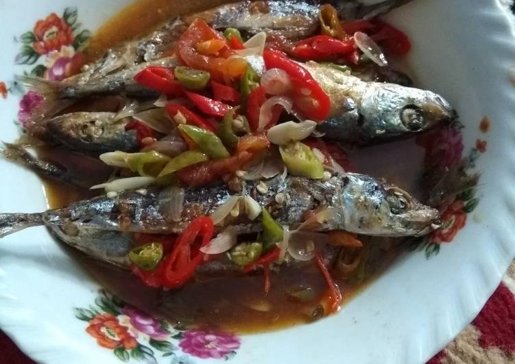 Ikan Pindang Bumbu Garang Asam