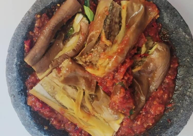 Resep: Terong penyet sambal kemangi