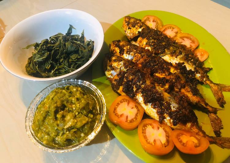 Resep memasak Ikan Bakar Padang Rumahan + Sambel Ijo yang bikin ketagihan