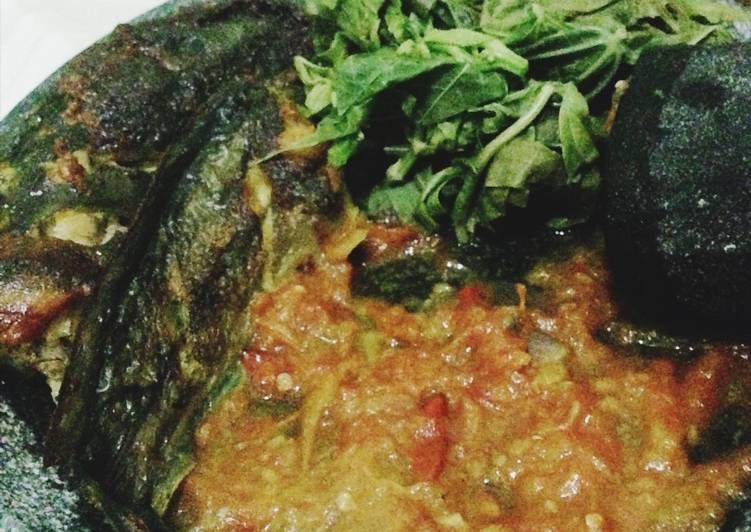 Cara memasak Lele panggang sambel tomat goreng istimewa