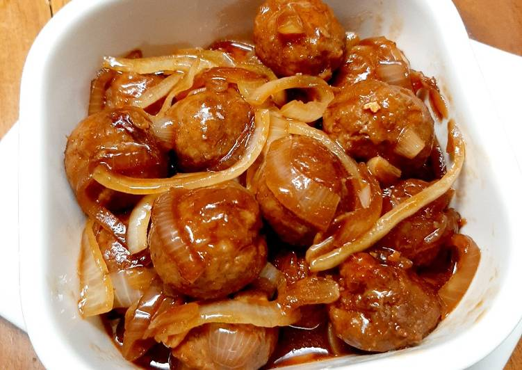 Resep: Meatball with sweet soy sauce yang bikin ketagihan