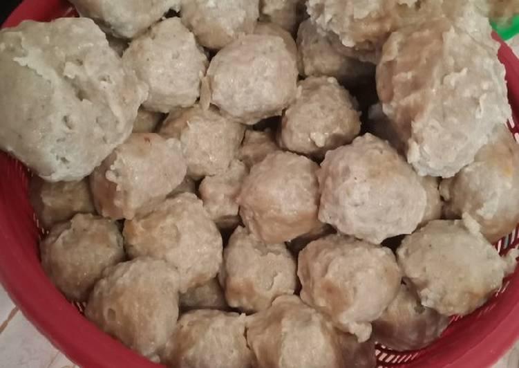 Resep: Bakso Daging Sapi Asli Sehat Tanpa MSG, Gurih & Kenyal ala resto