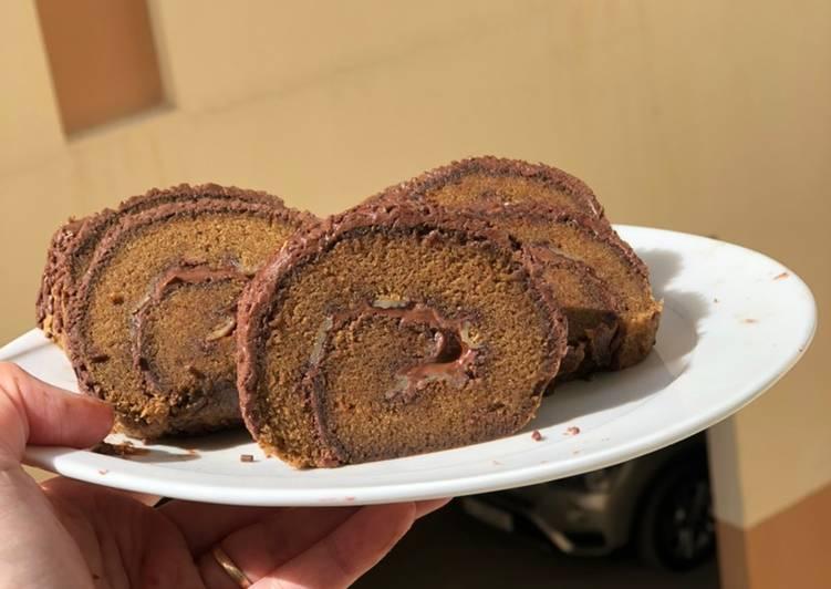Cara membuat Bolu gulung triple coklat lezat