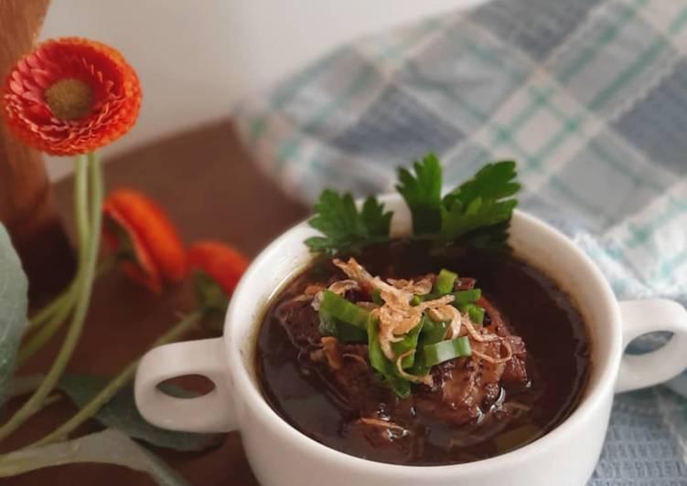 Resep: Rawon daging sapi lezat
