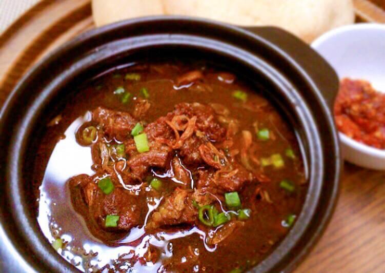 Rawon Daging Khas Jawa Timur