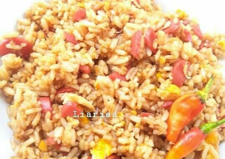 Resep: Nasi Goreng Sosis ala Abang-Abang Jualan yang menggugah selera
