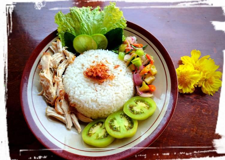 Cara Mudah mengolah Nasi Ayam Suwir dan Sambal Matah yang bikin ketagihan