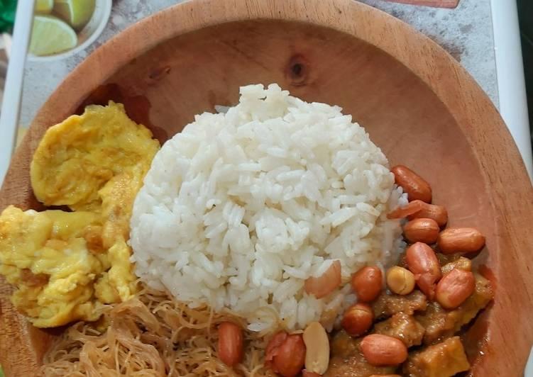 Resep: Nasi uduk rice cooker ala rumahan istimewa