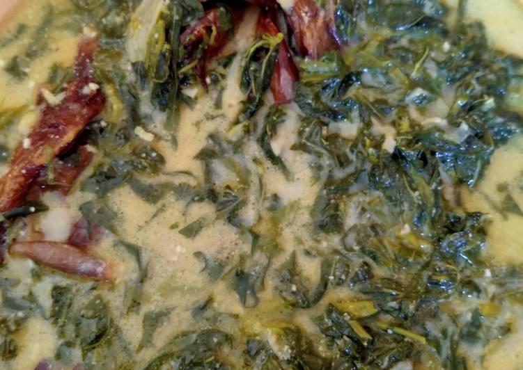 Resep: Gulai Daun Singkong Ikan Sale yang menggoyang lidah